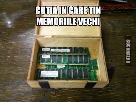 Cutia in care tin memoriile vechi