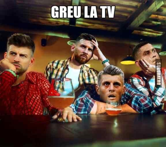 Messi, Ronaldo si Pique la TV ⚽ #WorldCup